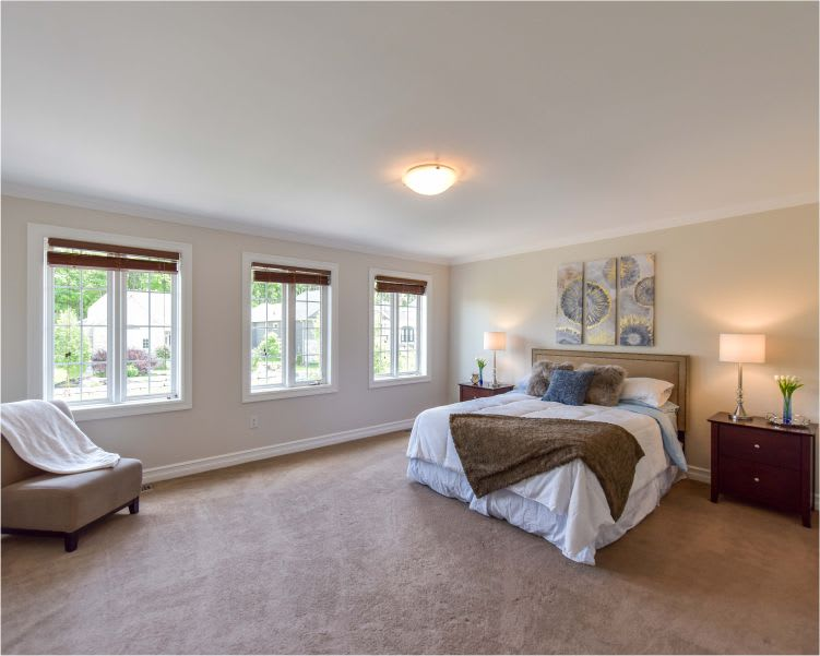 staged bedroom - buyers can visualize